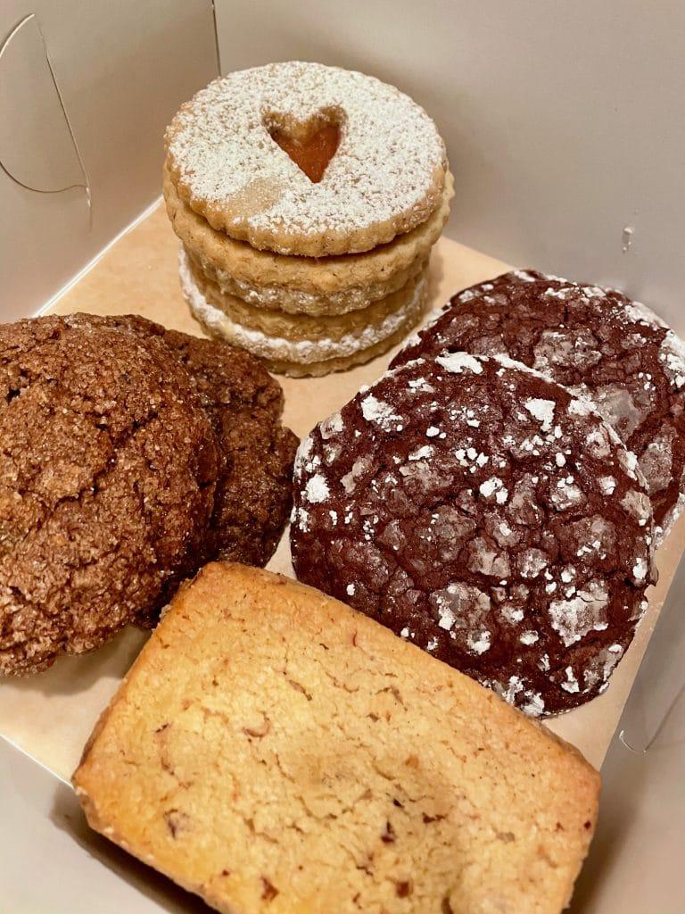 Assorted Cookies London Plane