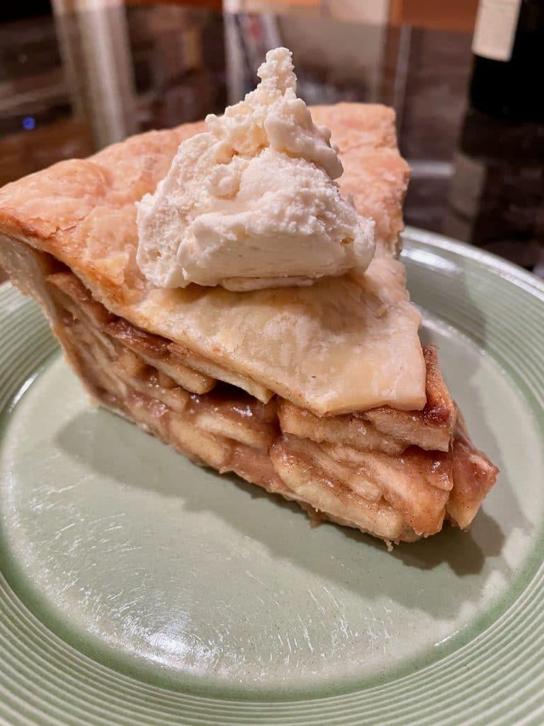 Apple Pie with Maple Cream
