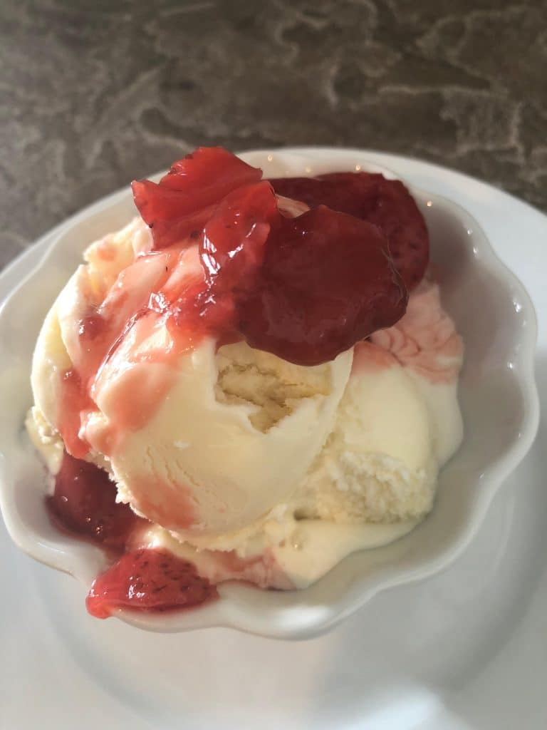 Vinalia Ice with Strawberry Balsamic Preserves