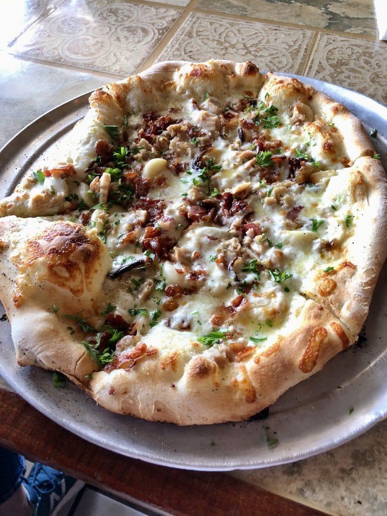 Drunken Clam Pizza