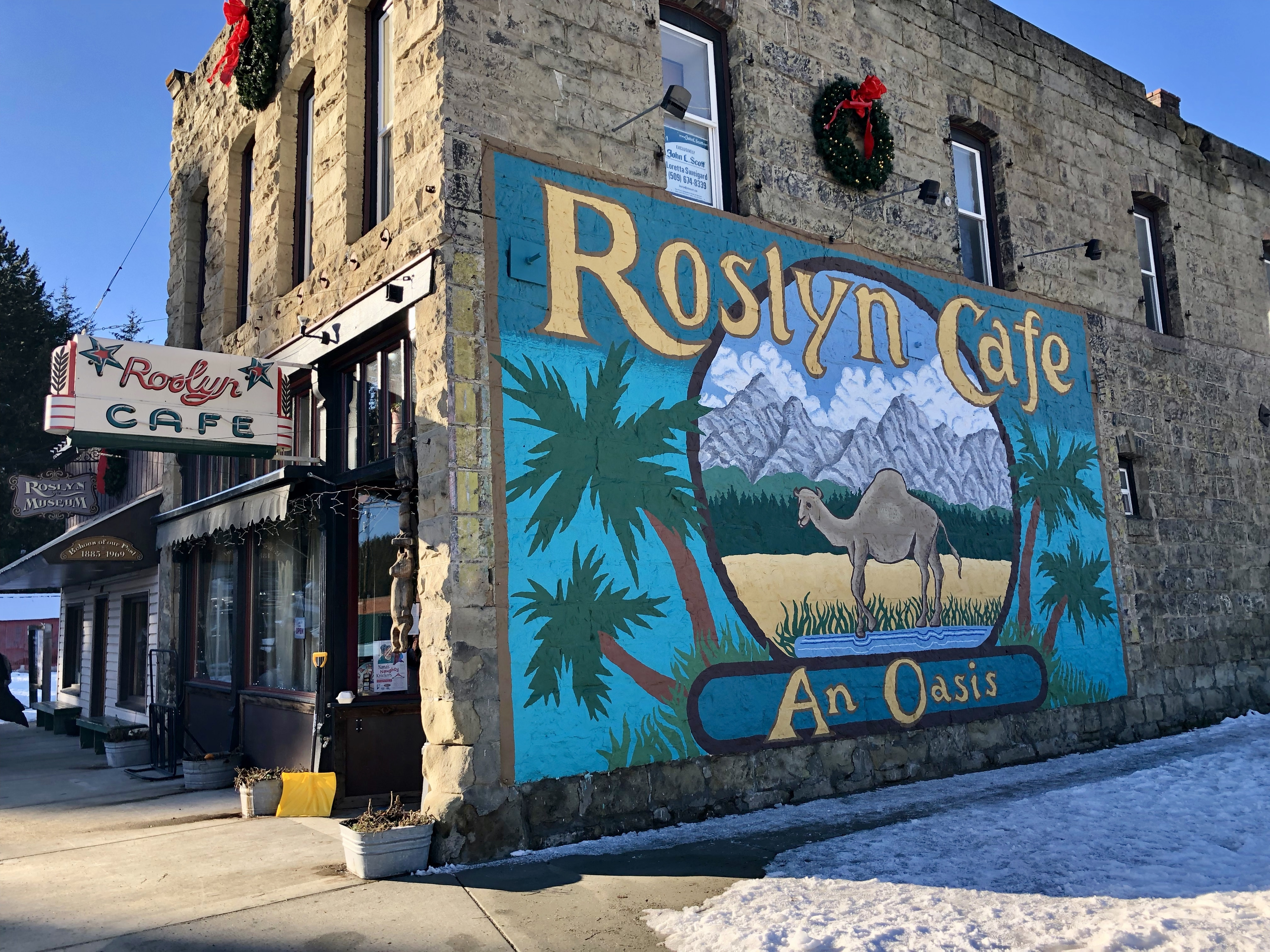 Roslyn Cafe Street View