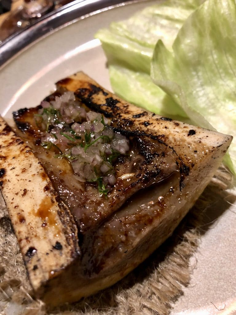 Bone Marrow with Lettuce Cups