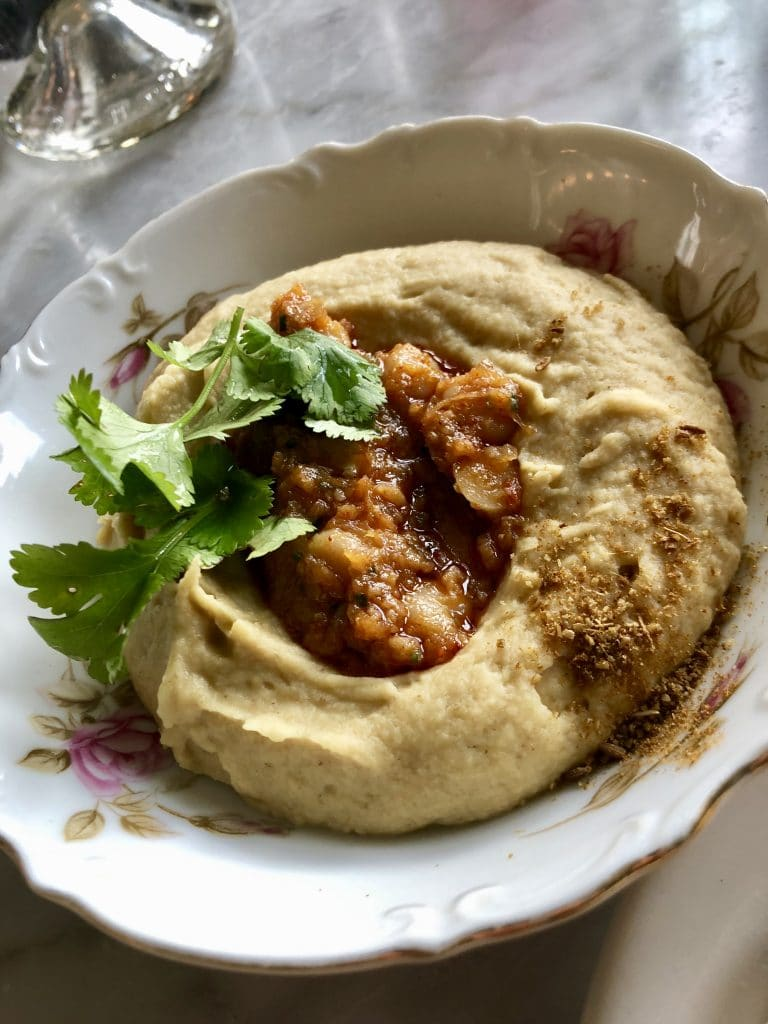 Hummus with Chickpeas and Cumin
