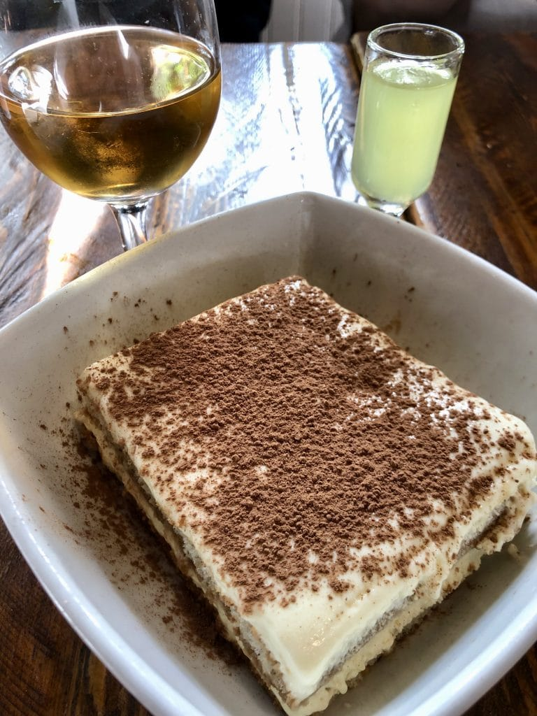 Tiramisu with Limoncello and Vinosia Roce Roce