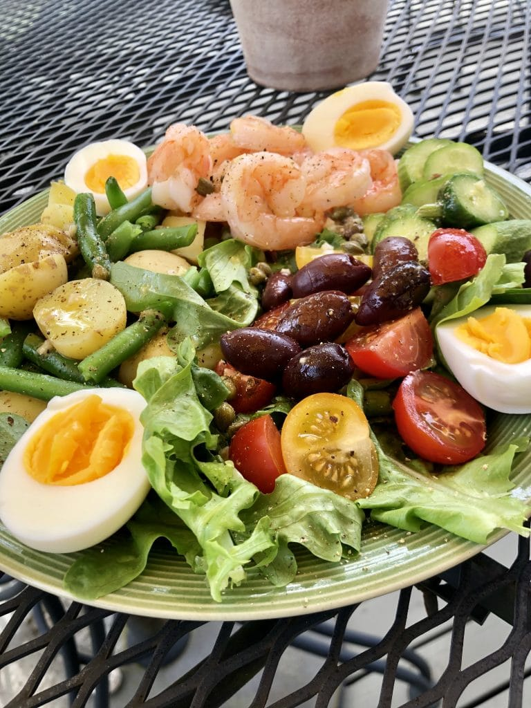 Niçoise Salad with Shrimp