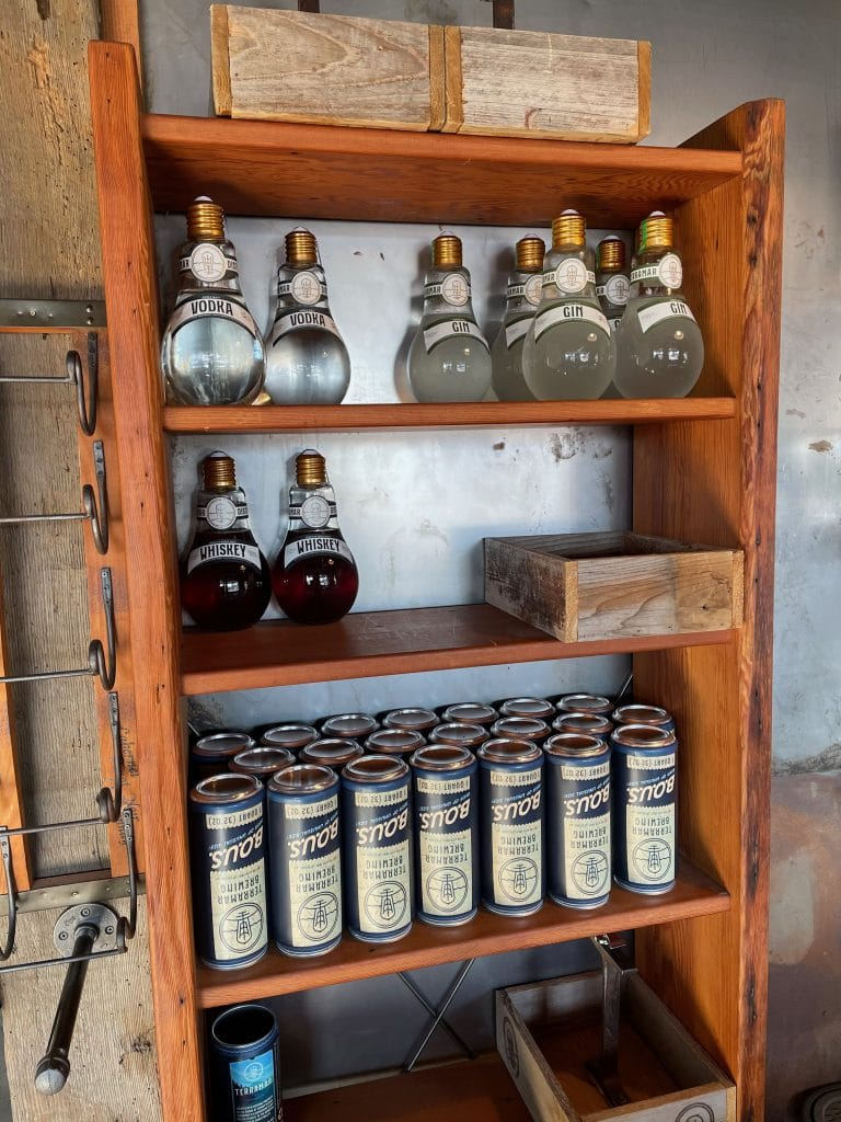 Can Growlers, Vodka, Gin and Whiskey